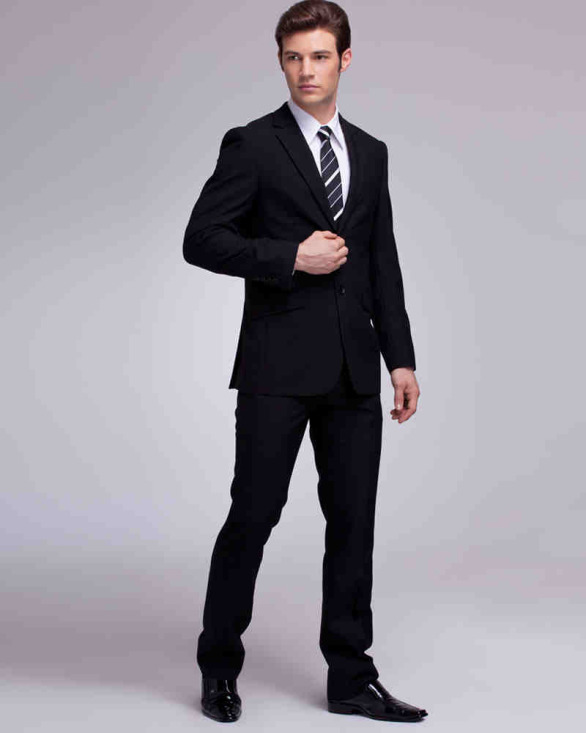 Men's-suits-for-summer-wedding-–-Choosing-the-Best-One-11