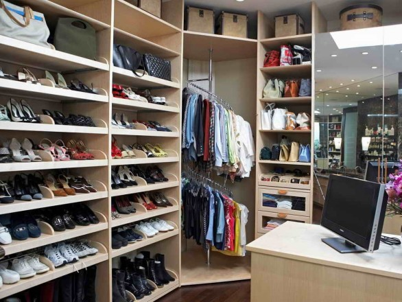 Organizing-Tips-For-Clothes-Closet-1024x768