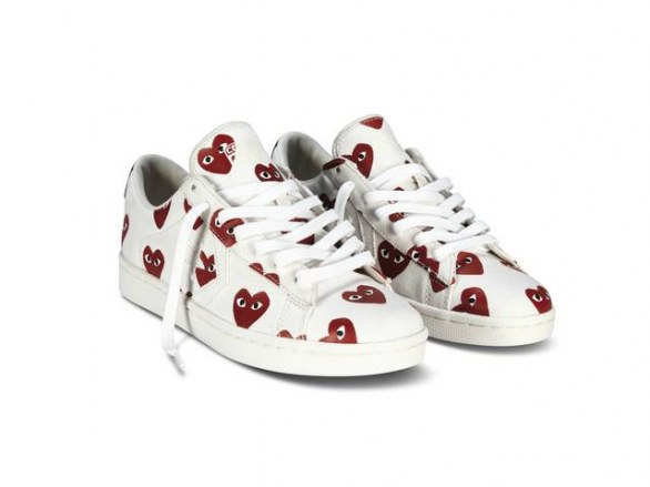 Comme des Garcons Red and white