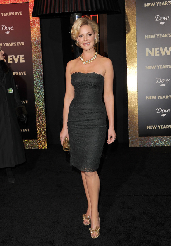 "Premiere Of Warner Bros. Pictures' ""New Year's Eve"" - Arrivals"